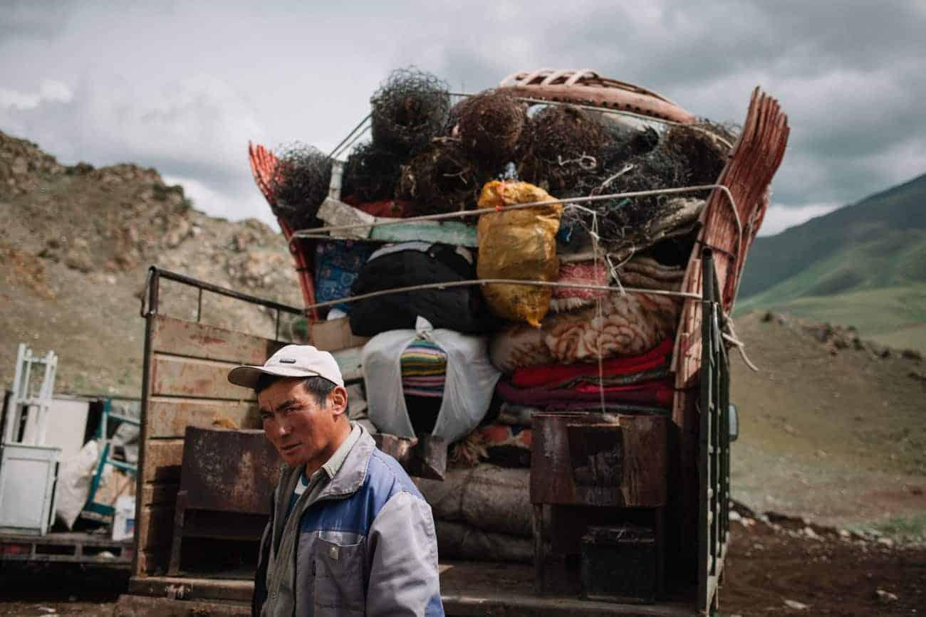 demontage yourte au kirghizistan