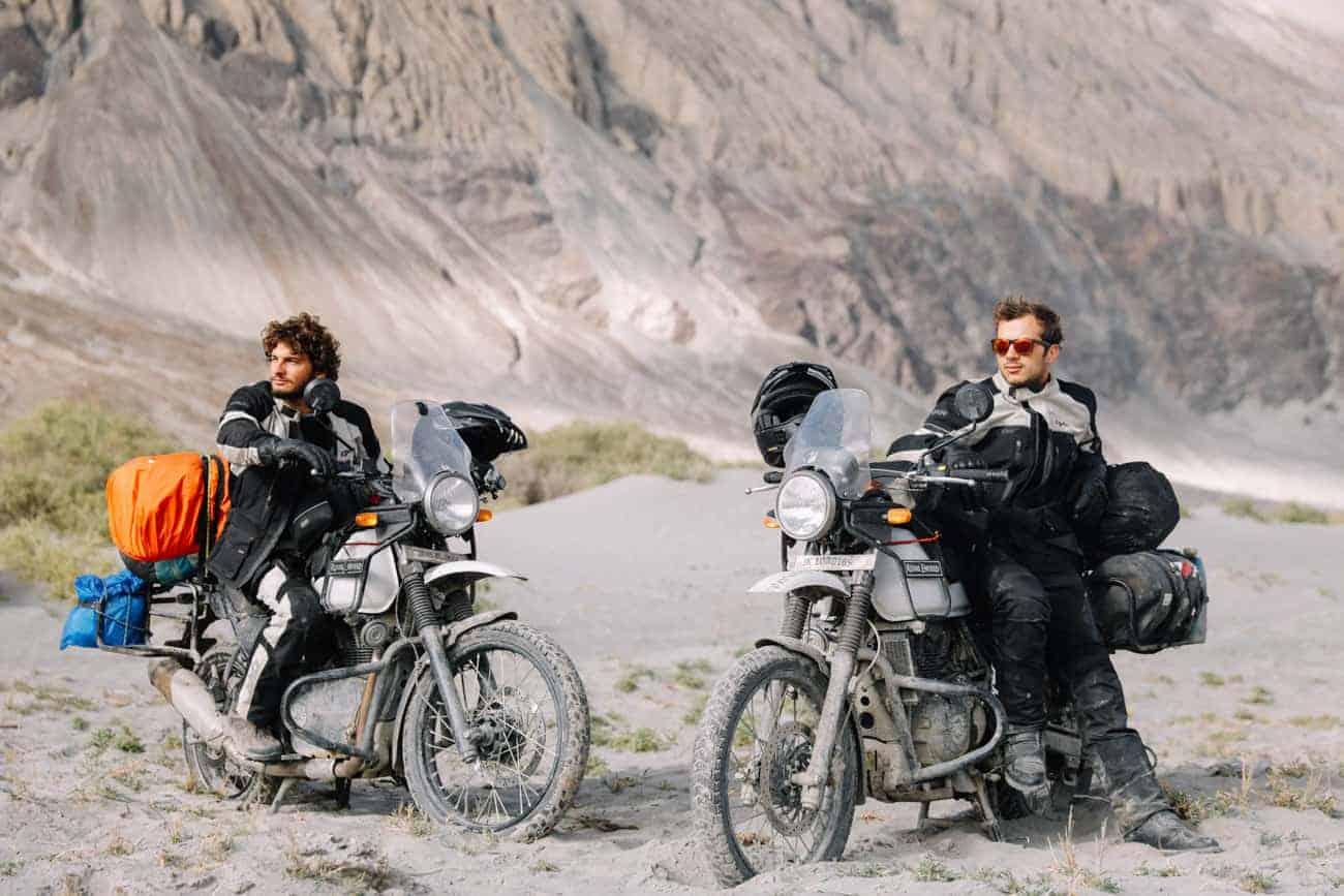 Pose sponsors motoblouz Ladakh