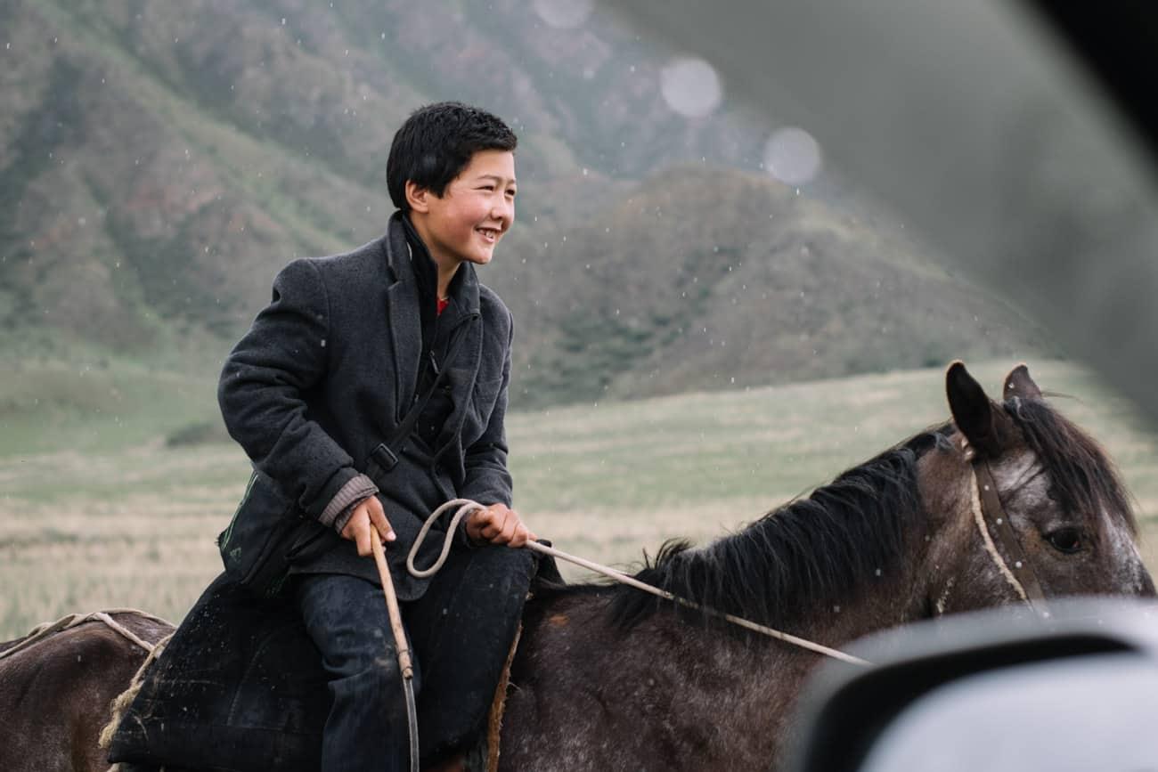 enfant kirghizistan portrait