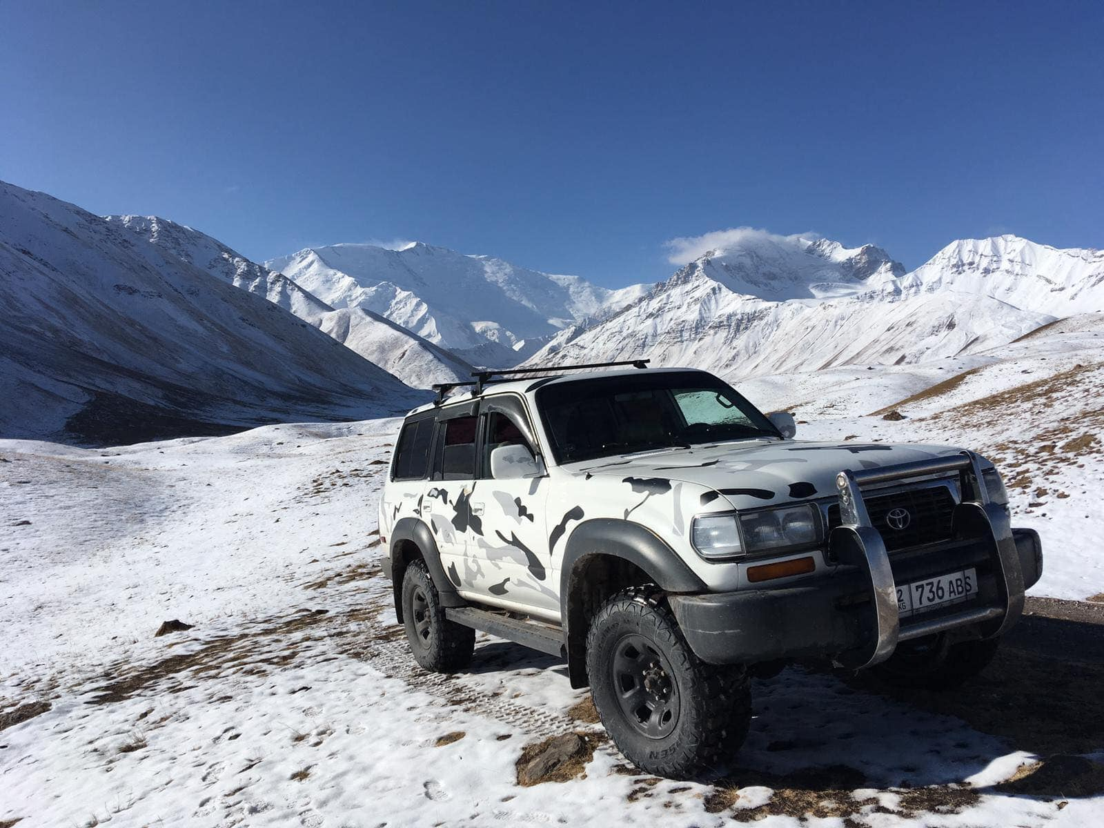 4x4 Mitsubishi Montero à louer au Kirghizistan