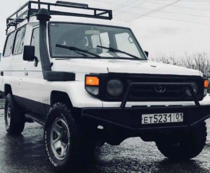 Toyota Land Cruiser 75 series location Kirghizistan